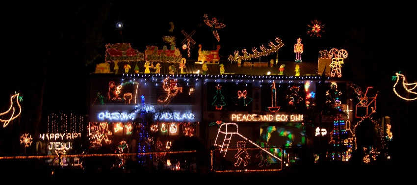 About our Christmas Lights. & Shawu0027s Christmas Wonderland azcodes.com
